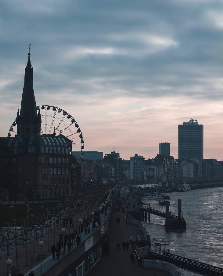Real Estate Investors in Düsseldorf: These 3 Investors are Buying