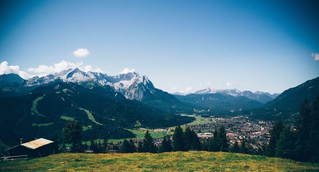 Real Estate Investors in Bavaria: These 3 Regional Investors are Buying