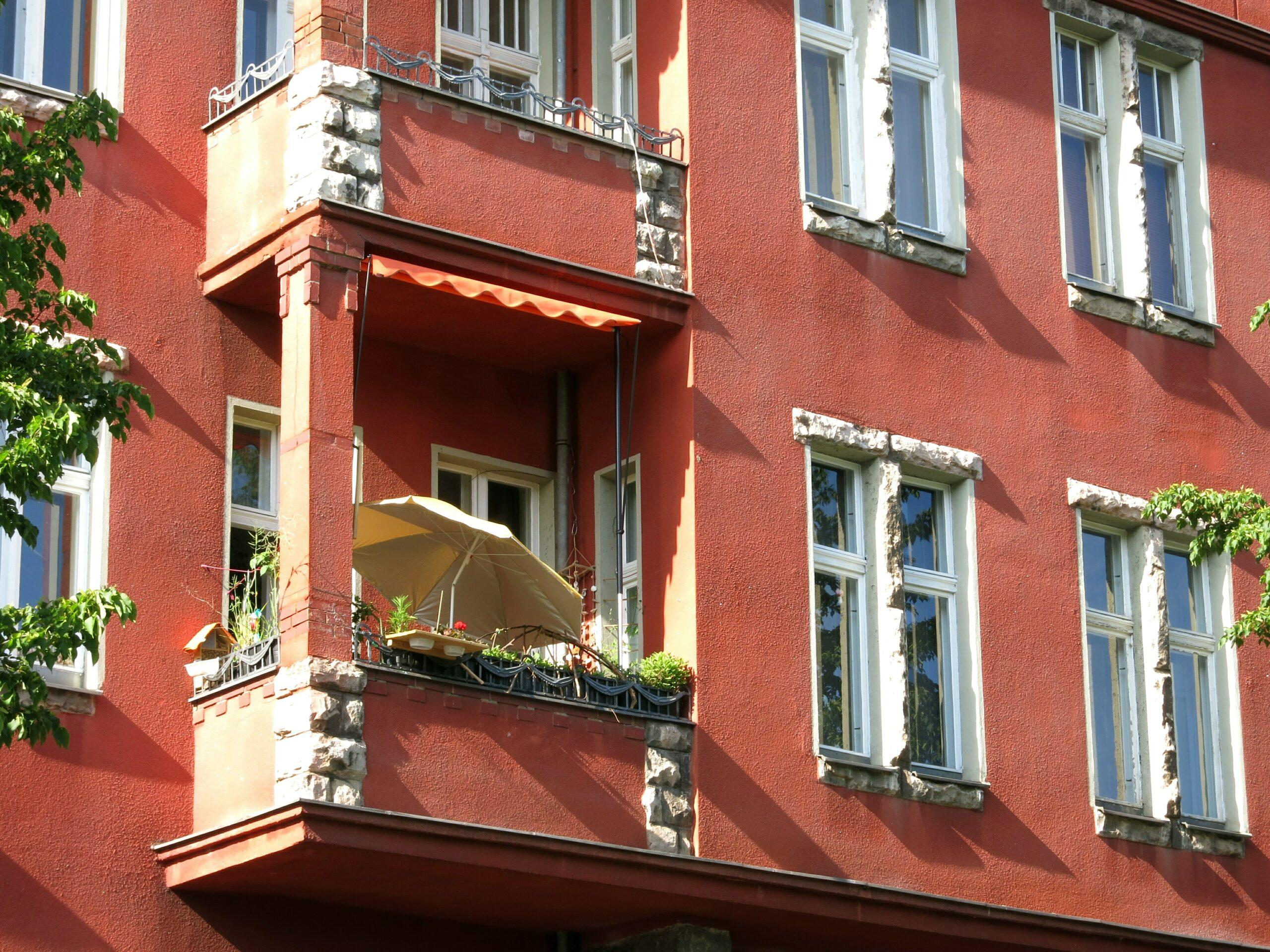 Berlin real estate investor buys residential buildings in eastern Germany